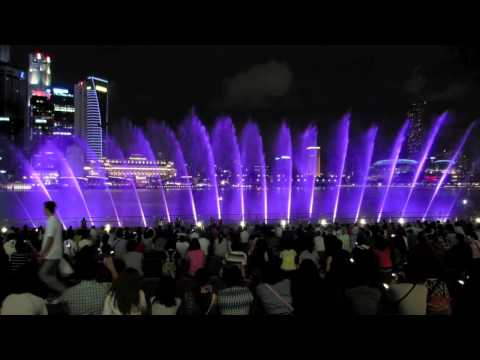 Travel Singapore - Wonder Full, the light and water show at Marina Bay Singapore