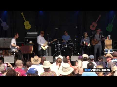 "Donna The Buffalo performs ""Give Me Just A Little More Time"" at Gathering of the Vibes 2014"