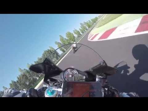 Aprilia RSV4 RF 2015 - onboard - Racetrack - Review - Misano