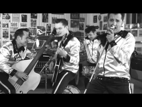 Les Vagabonds | Medley Hommage à Elvis Presley | Réalisation Bernard Raulet © 2013