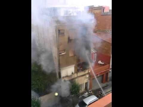 Edificio en llamas Badalona
