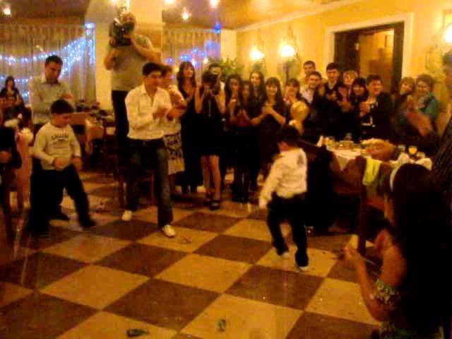 Скачать песню лезгинка армянская