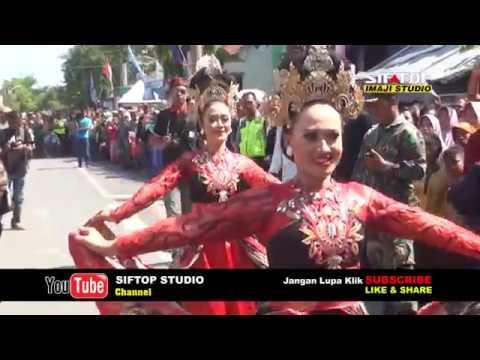 UPACARA ADAT SUNDA   seremonial traditions of village Indonesian