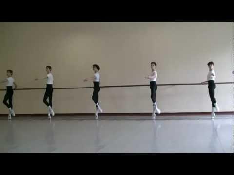 Bolshoi Ballet Academy 5to año varones - Examen final 2012 (Barra)