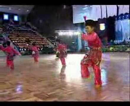 Zapin By Sri Melati Students (psm 2006) video