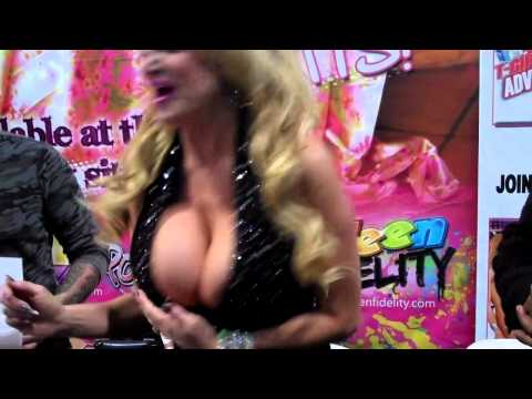 Kelly Madison Shaking Things Up video