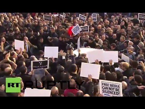 Turkey: Police detain Zaman editor-in-chief, opposition media figures