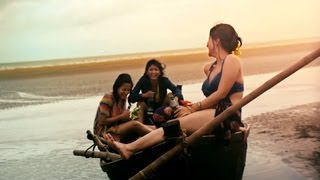 Bedroom - Aami Aar Amaar Girlfriends Bengali Movie 2013 Official Teaser | Raima, Parno, Swastika Mukherjee