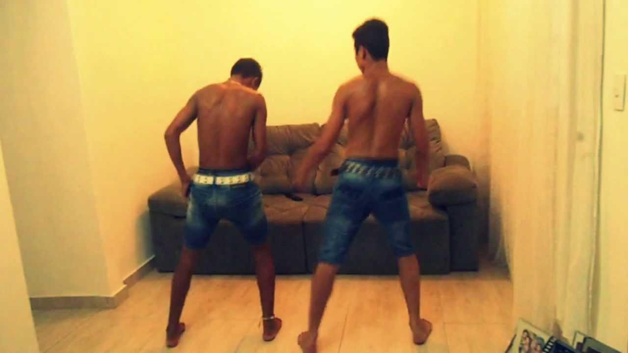 Mc Naiba - Senta no Colo do Bicho (DJ 2B) - YouTube