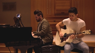 download lagu Dan + Shay - Body Like A Back Road gratis