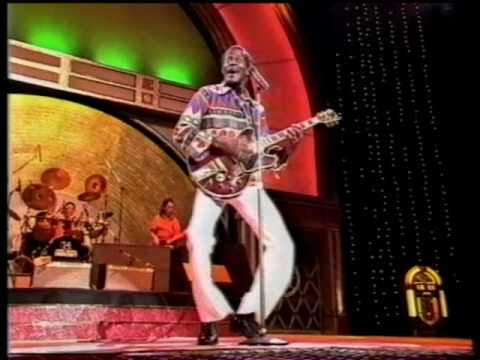Sweet Little Sixteen ~~~ Chuck Berry ~~~ Melbourne 1989