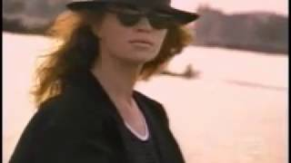 Watch Def Leppard Love video