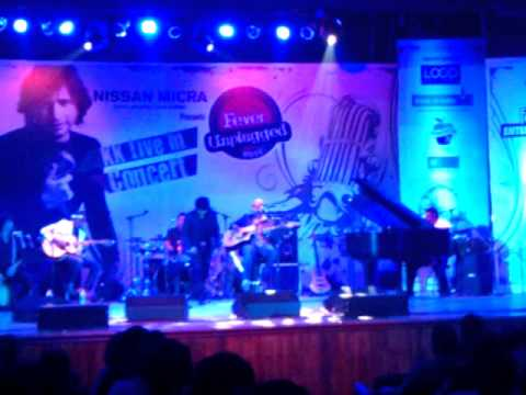 KK   Fever Unplugged   16 06 2012   Yaaron Dosti