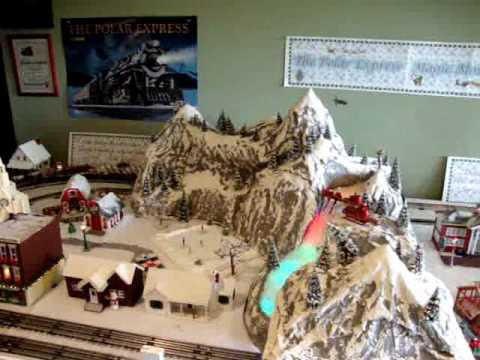 Polar Express Magic Mountain Disappearing Train Layout