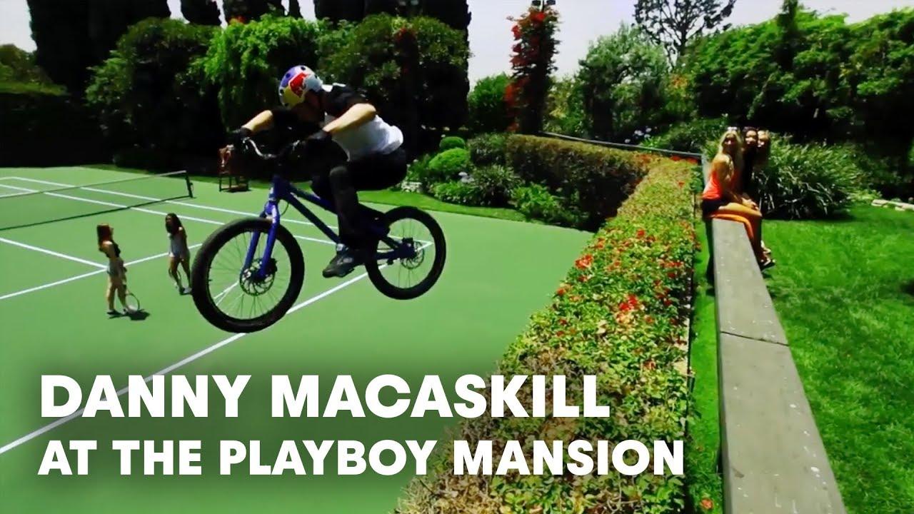Danny MacAskill se lâche dans le manoir Playboy