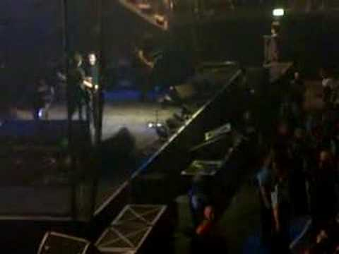 Mikey Way Talking On Stage!