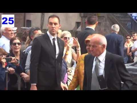Fausto Bertinotti – Principe Carlo Giovannelli e Elsa Martinelli : Valeria Marini Nozze