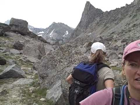 Hiking Jackass Pass to Cirque of the Towers