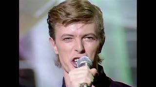 David Bowie - Boys Keep Swinging - live 1979 (excellent quality) Kenny Everett Video Show