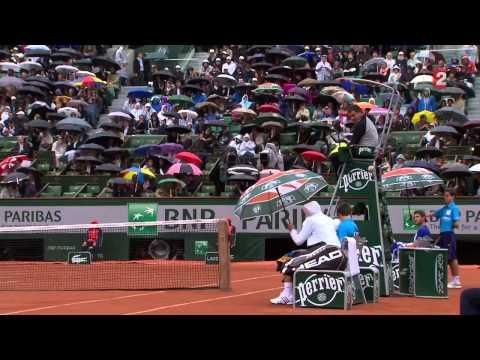 Roland-Garros : Djokovic fait le show pendant une pause