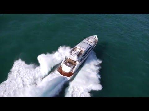 Luxury Motor Yacht - Pershing 92