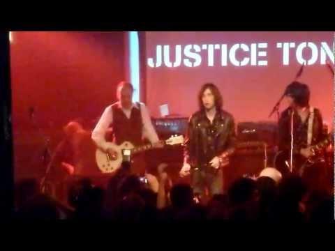 Primal Scream + Mick Jones and Paul Simonon - Rocks live @ Scala, London.
