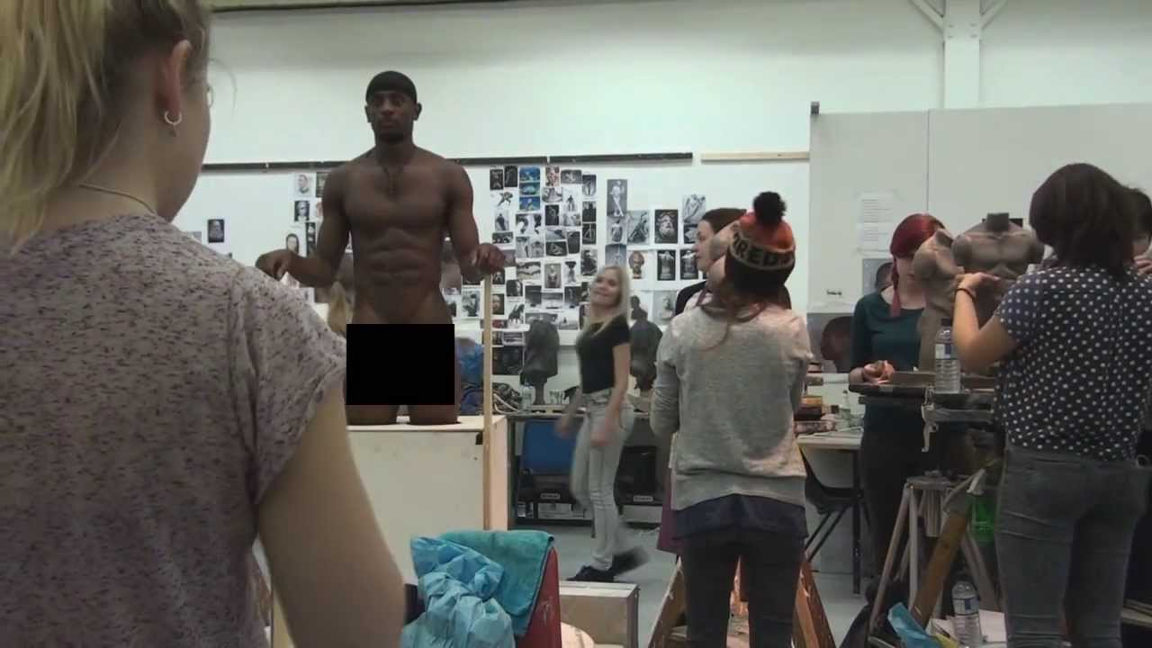 Models take nude art classes to whole new level with