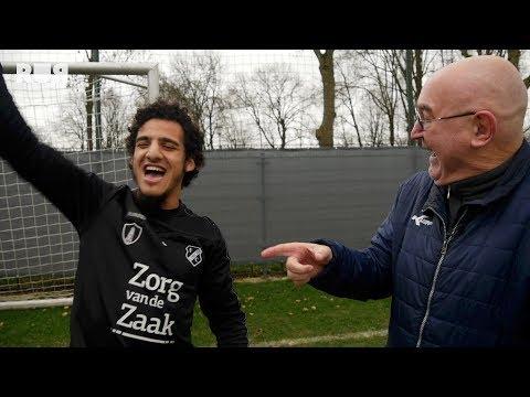 Vermeegen Voetbalvlogs | Ayoub zingt uit volle borst het Feyenoord-lied