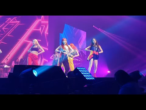 181201 Why - Taeyeon 's ... Concert In Bangkok