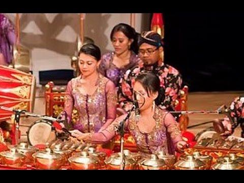 SALAWAT BADAR - Javanese Gamelan Music - KBRI Abu Dhabi [HD]