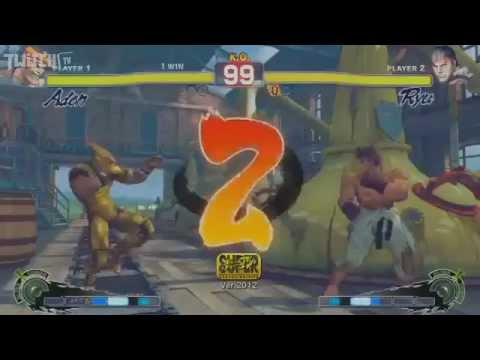 EVO 2012 Top 16 - Daigo Umehara (Ryu)  vs Gamerbee - Match of the year!