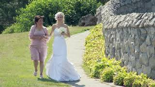 Here Comes The Bride Walk Down The Aisle A Wedding Ceremony Audiographer Photographer