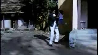 Best Bollywood Kisses - Best Fight Scene EVER!