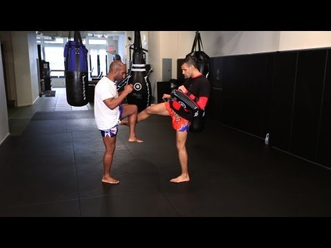 5 Tactics to Counter Kicking Attacks | Muay Thai Image 1