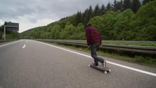 Longboarden Auf Der Autobahn 2016
