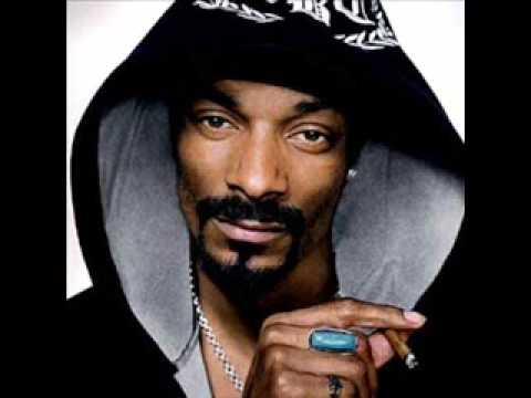 Snoop Dog Smoking Weed
