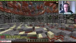 "Minecraft Mini Game ""TNT RUN"" - Run Or Die!"