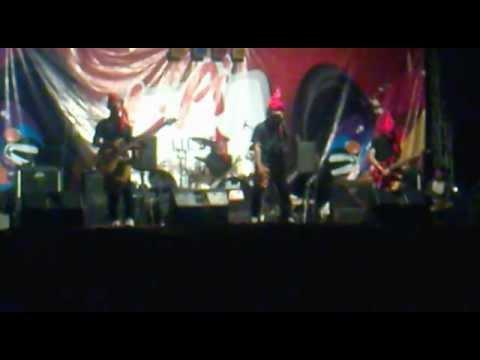 Joker Merah Band - Pakarena New Version