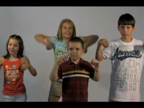 Four Kids Chicken Dance video