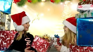 CHRISTMAS SHOPPING CHALLENGE!!!  Sisters Buy Each Other Christmas Presents!
