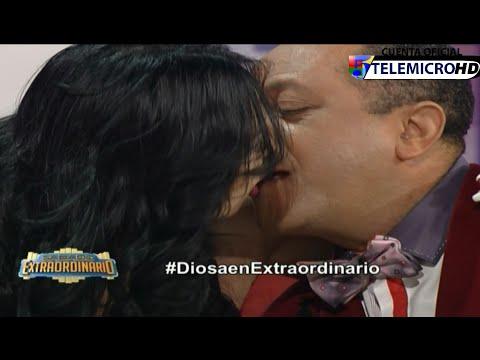 Diosa Canales le da un beso a Michael Miguel Sabado Extraordinario