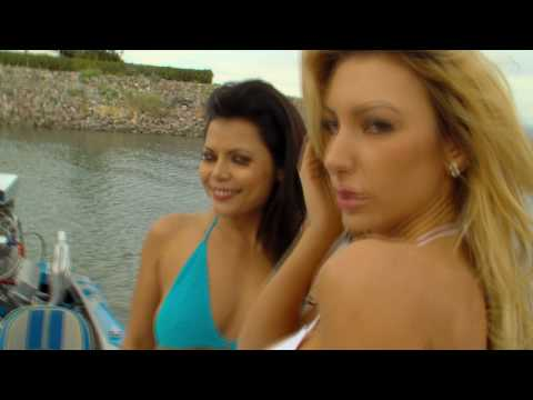 2 Hot Girls 1 Boat.mov Video