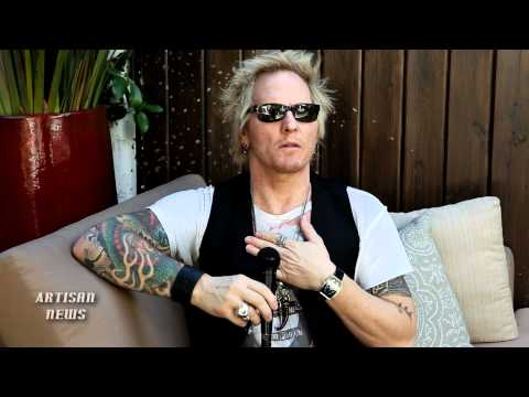 EX-GUNS N' ROSES SORUM SAYS PHONE CALL MIGHT HAVE BROUGHT AXL TO ROCK HALL Music Videos