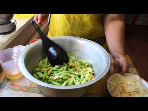 Оригинальный салат из Зеленых Помидоров.