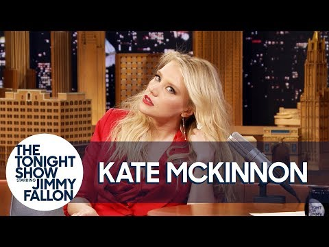 Kate McKinnon Shows Off Her Gal Gadot Impression | The Tonight Show