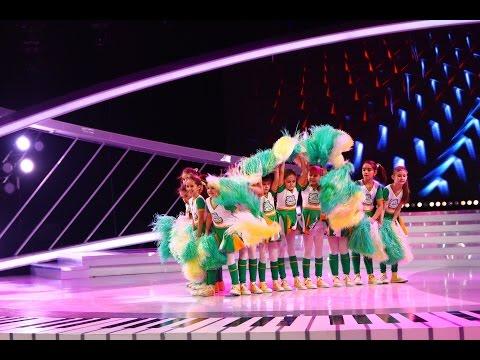Micuţele majorete din trupa Girl's Dance, dans sincron pe scena de la Next Star!