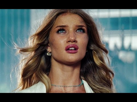 Transformers 3:Dark of the Moon - Trailer Español Latino - HD