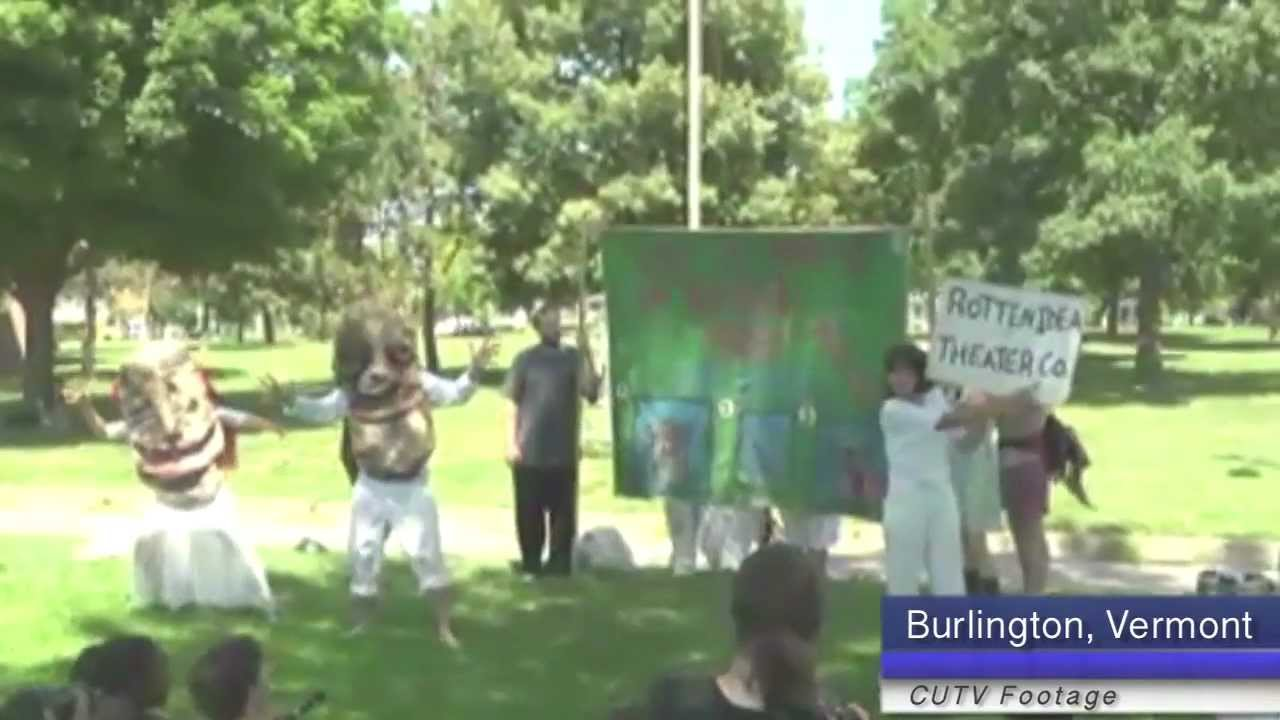 Bread and Puppets Confront Charest in Vermont