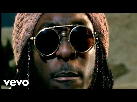 Смотреть клип Black Eyed Peas ft. Chali 2na - Get Original