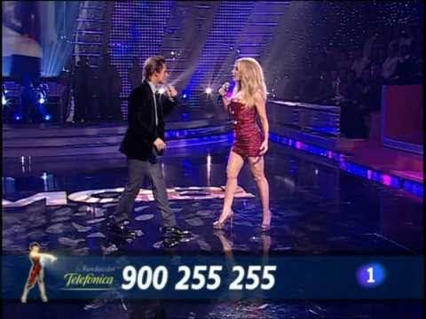 """Marta Sánchez y Carlos Baute Gala · """"Colgando en tus manos"""""""